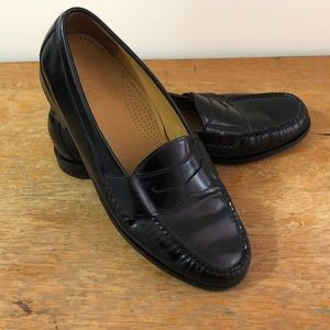 Men's Cole Haan penny loafers!! Worn twice!